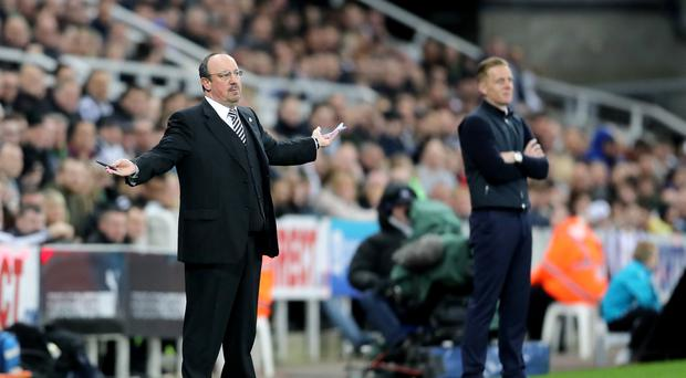 Rafael Benitez (left) was unhappy after Newcastle conceded a late equaliser at home to Leeds