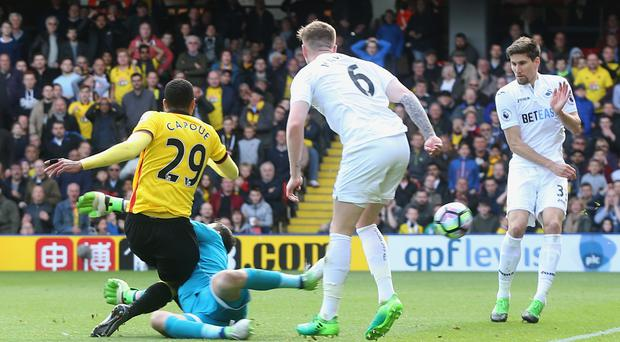 Etienne Capoue hit the only goal of the game as Watford beat Swansea on Saturday