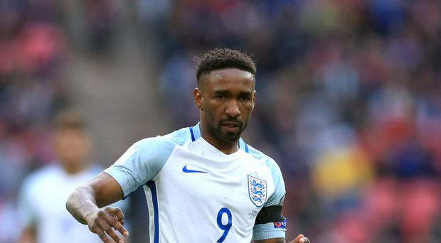 England forward Jermain Defoe is expected to sign for Bournemouth following Sunderland's relegation from the Premier League
