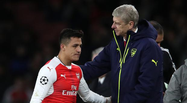 Arsenal remain hopeful of superstar signing, Wenger is the key