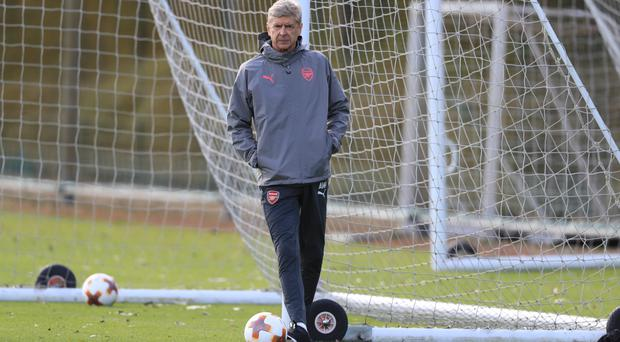Arsenal manager Arsene Wenger expects his side to put on a spirited display at Chelsea on Sunday