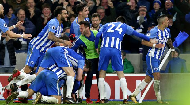 Brighton celebrate Pascal Gross' winner