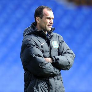 Everton manager Roberto Martinez believes it is ridiculous he is being criticised for the use of loan players