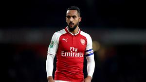 Everton are in talks with Arsenal for winger Theo Walcott.