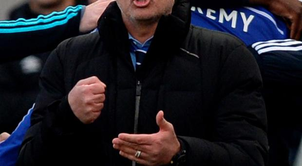 Chelsea manager Jose Mourinho is happy for his side to accept the role as Premier League front-runners