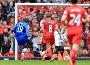 Demba Ba capitalised on a Steven Gerrard slip to open the scoring in the 2014 win for Chelsea (Peter Byrne/PA)