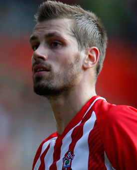 Morgan Schneiderlin is poised to join Manchester United today