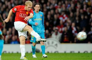 Golden Scholes: Paul Scholes blasts his brilliant Champions League semi-final goal against Barcelona