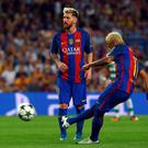 Neymar's free kick makes it 3-0 in the Nou Camp