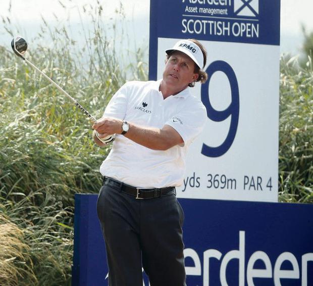 Phil Mickelson on way to a superb 66 at Castle Stuart