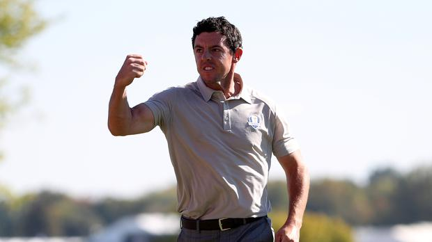 TV therapy for Rory McIlroy after late lapse damages Dubai defence
