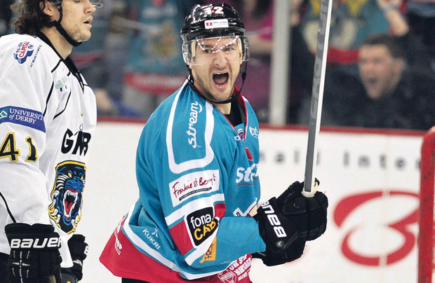Jeffrey Szwez scored the opening goal of the game before playing a part in two more as the Giants stunned the Steelers to cement their place at the top of the Elite League