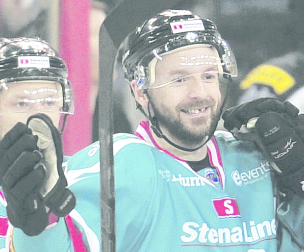 Colin Shields scored three for the Giants in Edinburgh