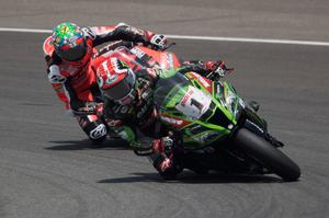 Difficult day: Jonathan Rea keeps focus at Circuito de Jerez