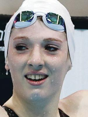 Bethany Firth set a world record in the 200m free