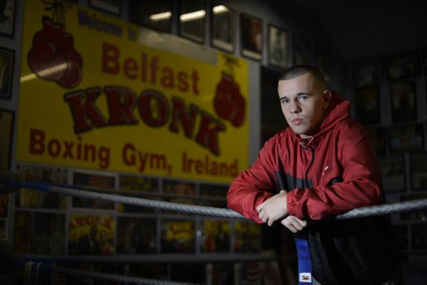 Belfast light-middleweight Dee Walsh is aiming for his eighth win when he boxes at the Devenish Complex on Saturday evening