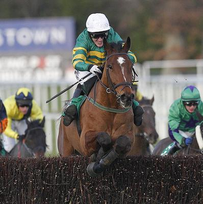 Colbert Station left it late to strike for home in the Pertemps Handicap Hurdle