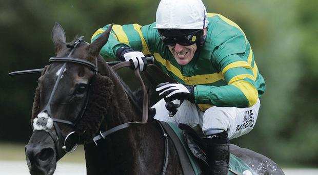 Tony McCoy's great run of form continued with yet another treble, this time at Uttoxeter where he won on Deadly Sting, Midnight Oscar and Ever So Much