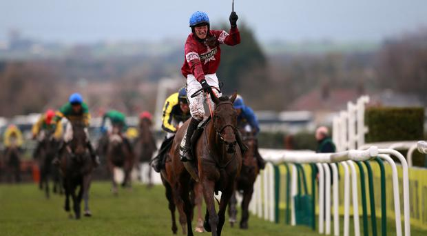 Rule The World wins the Grand National