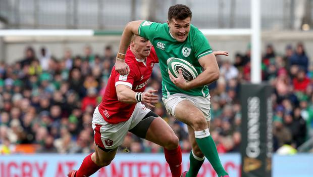 Jacob Stockdale is pursued by George North