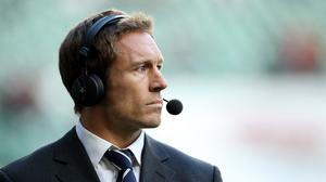 Jonny Wilkinson believes the current England squad are more professional than the side he won the World Cup with