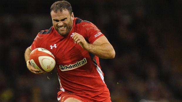 Wales centre Jamie Roberts expects a very physical battle against South Africa