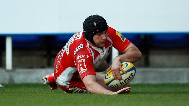 Steve McColl touches down for Gloucester's second try at London Irish