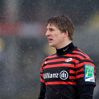 David Strettle scored two tries as Saracens saw off Leicester