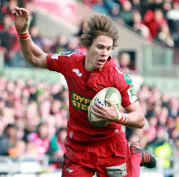 Liam Williams went over as the Scarlets moved into the top four