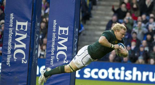 Adriaan Strauss scored the first of five South Afrcan tries against Italy