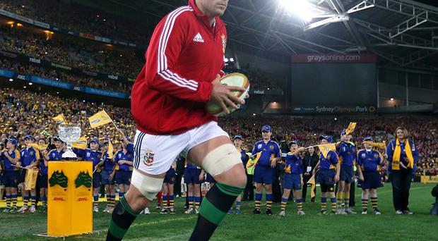 Alun-Wyn Jones, pictured, wants Warren Gatland back in four years' time