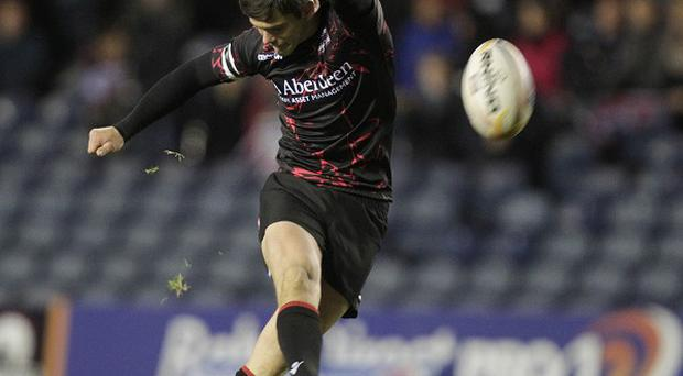 Harry Leonard's late penalty secured victory for Edinburgh
