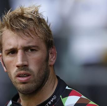 Harlequins' Chris Robshaw inspired his side to an emphatic Aviva Premiership win at Worcester.