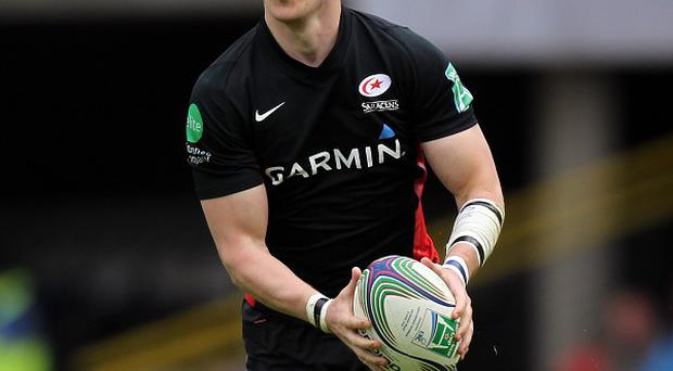 David Strettle scored two tries as Saracens cruised to victory against Bath.