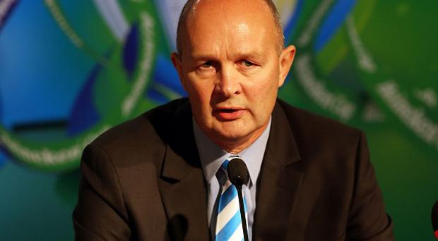 European Rugby chief executive Derek McGrath claims plans for an Anglo-French breakaway tournament will not deliver improvement on the Heineken Cup.