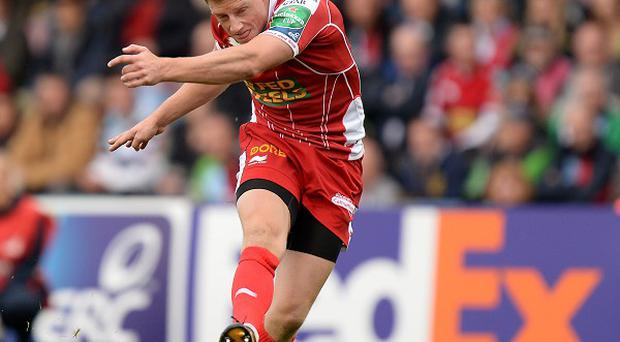 Rhys Priestland struck two penalties in the closing 10 minutes for Scarlets