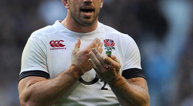 England's Chris Robshaw has called for calm