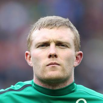 Keith Earls has been ruled out of Ireland's RBS 6 Nations after suffering knee ligament damage.