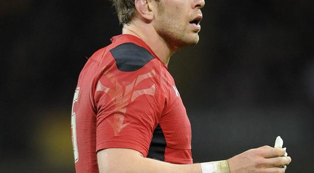 Wales lock Alun-Wyn Jones is braced for a tough RBS 6 Nations challenge against France