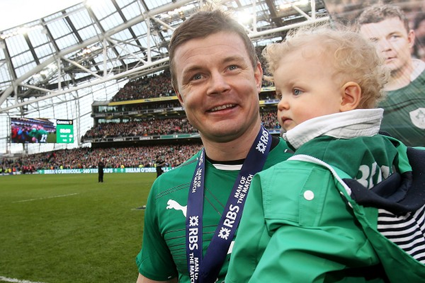 Brian O'Driscoll believes Ireland can claim RBS 6 Nations title glory in Paris