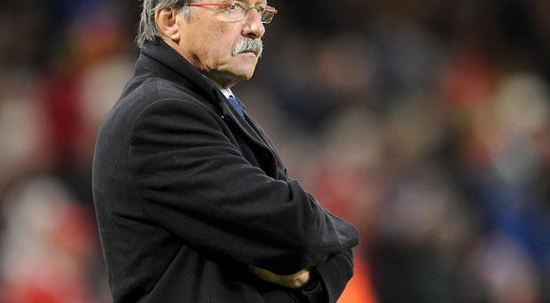 Italy coach Jacques Brunel has made three changes for the match against England