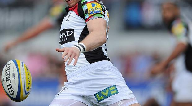 Mike Brown scored Harlequins' second try before having to go off with an injury