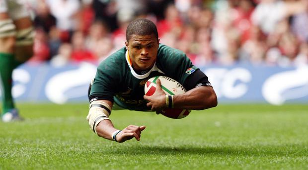 Juan de Jongh touched down twice for the Barbarians at Welford Road