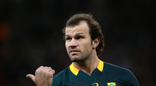 Bismarck du Plessis was sent off as the Sharks were reduced to 13 men in their 12-11 Super Rugby victory over the Chiefs in Durban