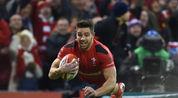 Scrum-half Rhys Webb was among the tryscorers as Ospreys defeated Glasgow 21-10.