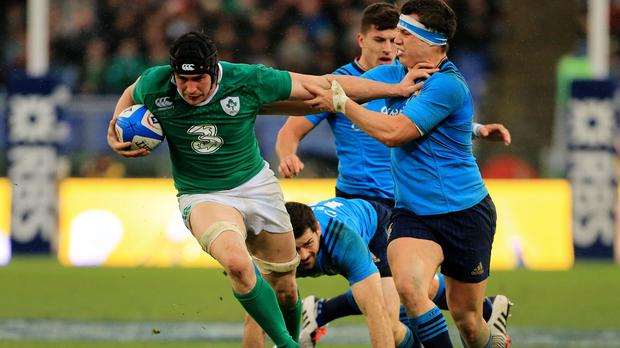 Joe Schmidt does not expect Ireland's players to be unnerved by injury to Tommy O'Donnell, left