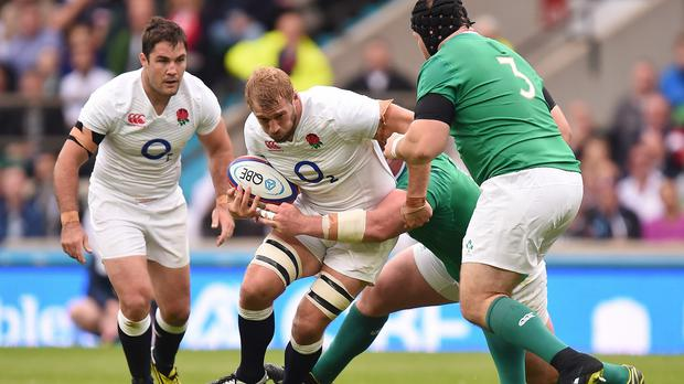 Chris Robshaw, centre, feels England can still get better