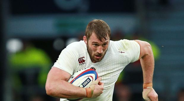 Harlequins boss Conor O'Shea has backed Chris Robshaw, pictured, to retain the England captaincy