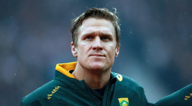 Former South Africa captain Jean de Villiers has signed for Aviva Premiership club Leicester