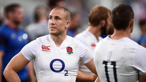 England full-back Mike Brown has committed his long-term club future to Harlequins